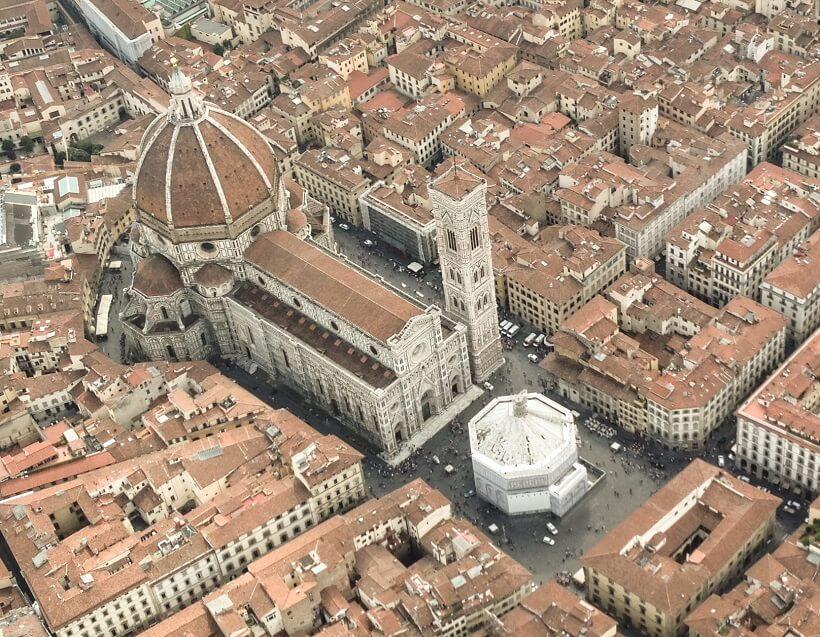 Informações sobre a Catedral de Santa Maria del Fiore em Florença