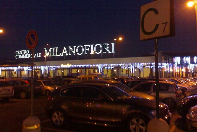 Shopping Centro Commerciale Milano Fiore em Milão