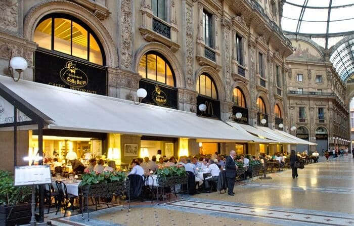 Restaurantes na Galeria Vittorio Emanuele II em Milão