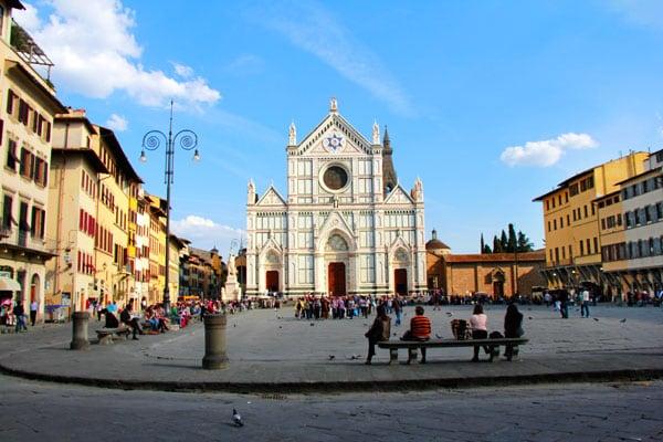 Exterior da Basílica de Santa Cruz em Florença