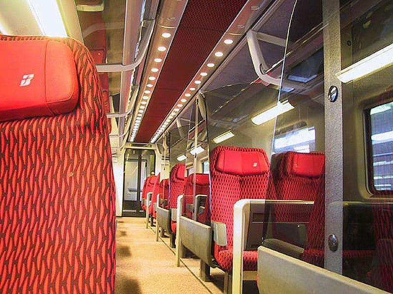 Parte interna de trens italianos