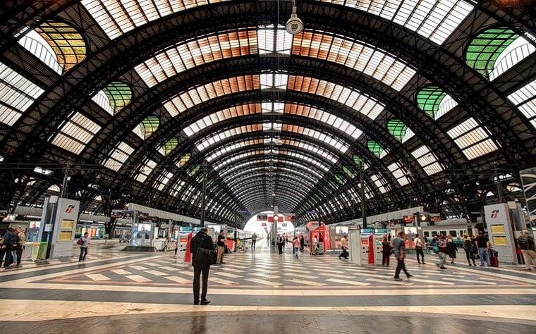 Serviço de trem na Itália
