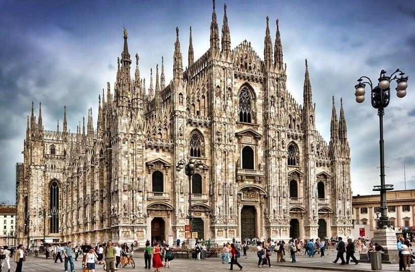 Filas e ingressos para o Duomo Milão na Itália