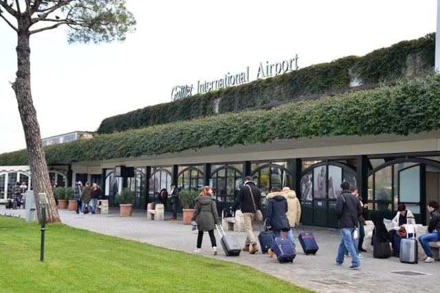 Aeroporto de Pisa ate o centro turístico de táxi