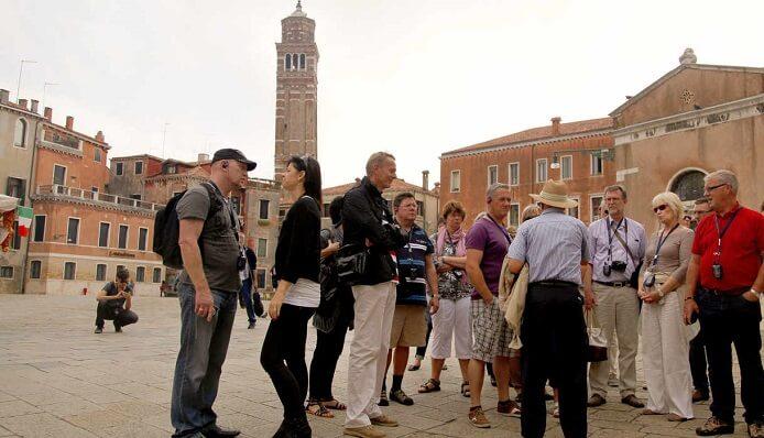 Tour a pé por Veneza na Itália