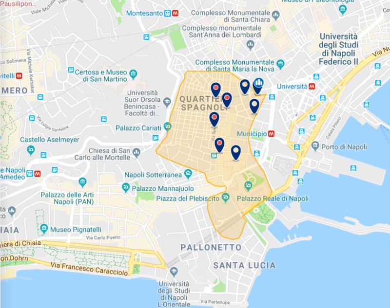 Hotéis no Plebiscito em Nápoles