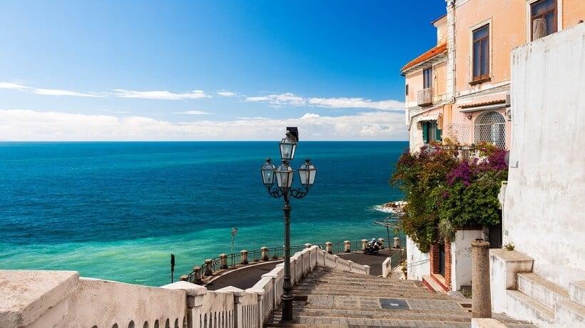 Praias em Atrani na Costa Amalfitana