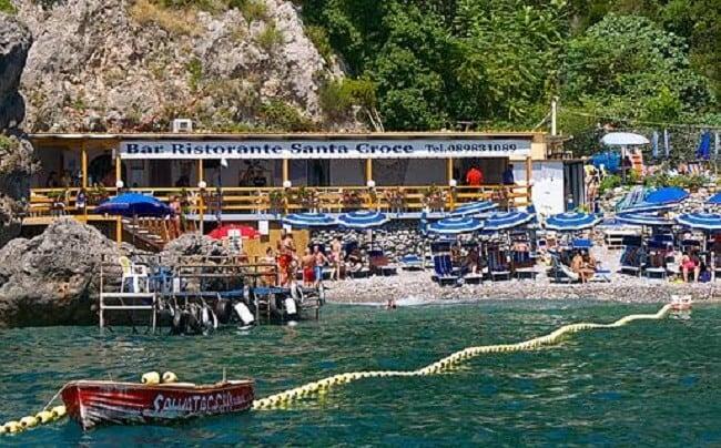 Diversão e entretenimento nas proximidades das praias em Amalfi