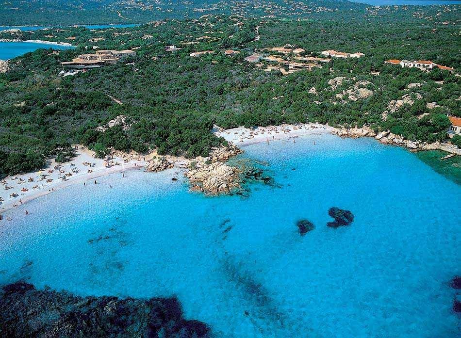 Vista da cidade de Sardenha na Itália