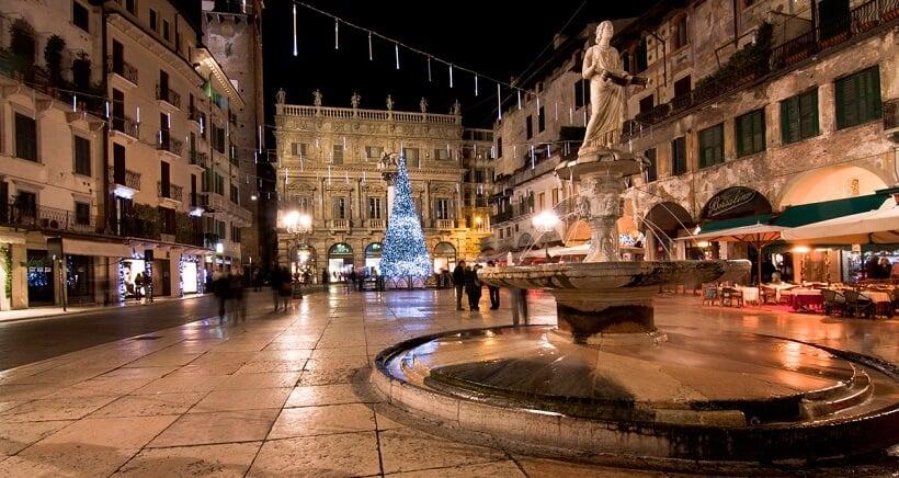 Praças em Verona