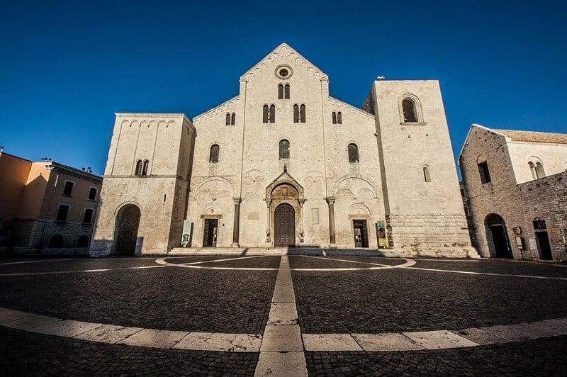 Basílica di San Nicola em Bari na Itália