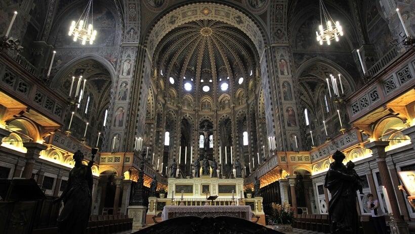 Interior da Basílica di Sant' Antonio em Pádua