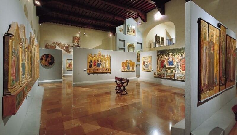 Quadros expostos na Galeria Nacional da Úmbria