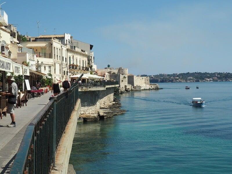 Vista de Siracusa na região da Sicília