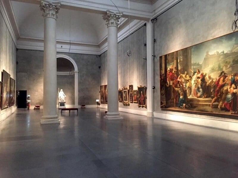 Interior da Galeria Nacional no Palazzo della Pilotta