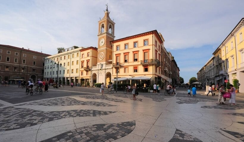 Piazza Tre Martiri em Rimini