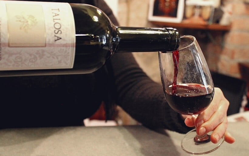 Vinho produzido na vinícola Cantina Fattoria della Talosa