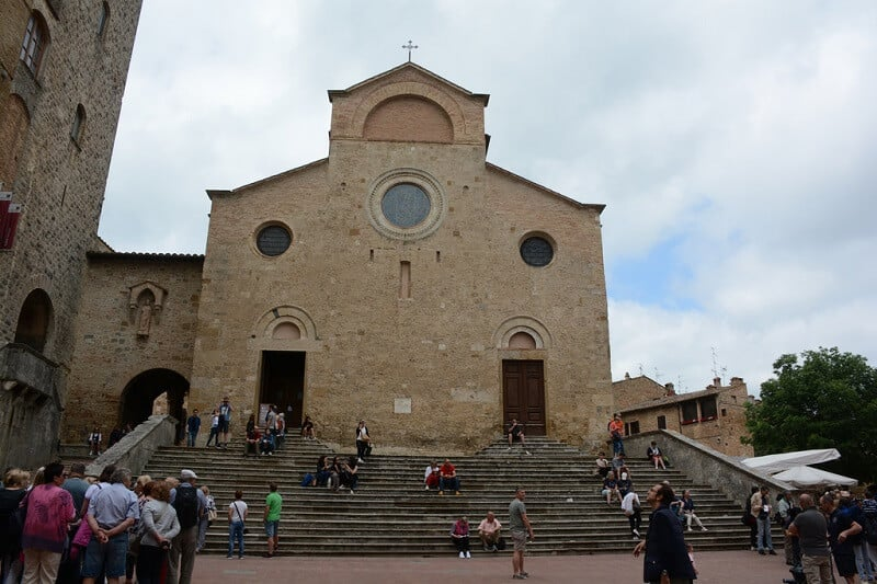 Duomo di San Gimignano na Piazza del Duomo