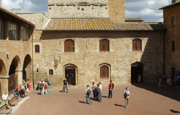 Visitantes no Museo d'Arte Sacra