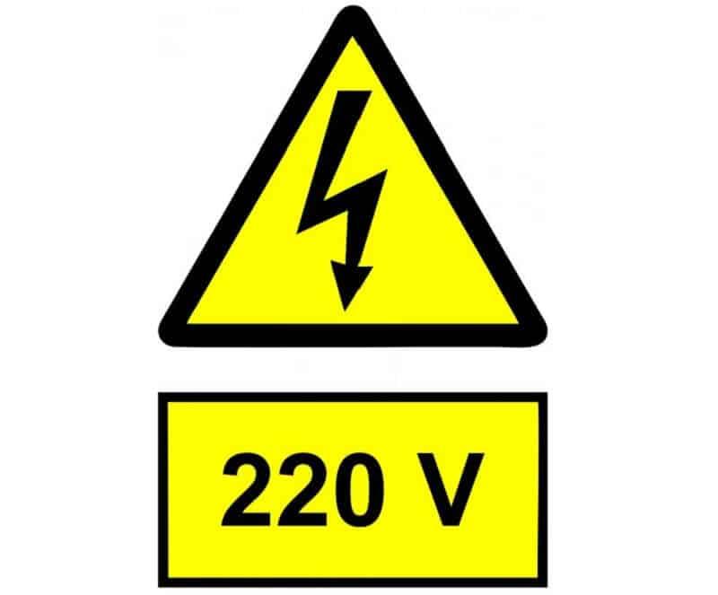 Corrente elétrica de 220V na Itália
