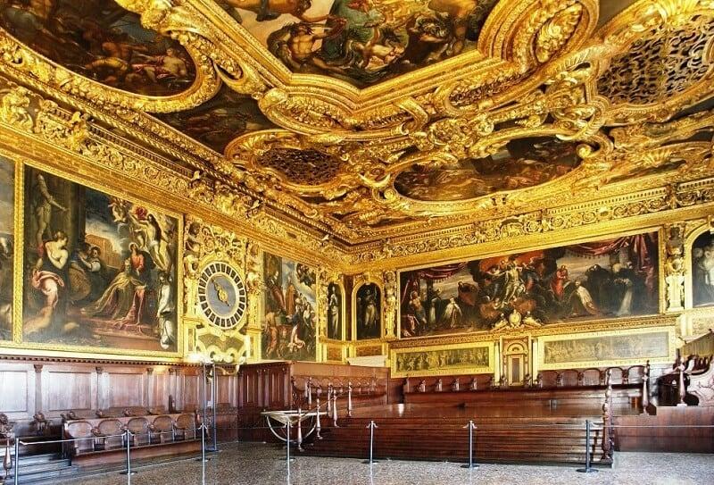 Interior do Palácio Ducal em Veneza