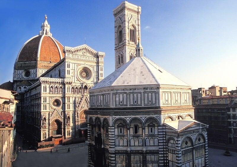 Piazza del Duomo em Florença na Toscana