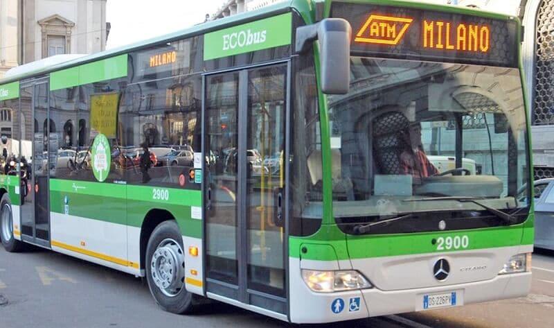Ônibus em Milão na Itália