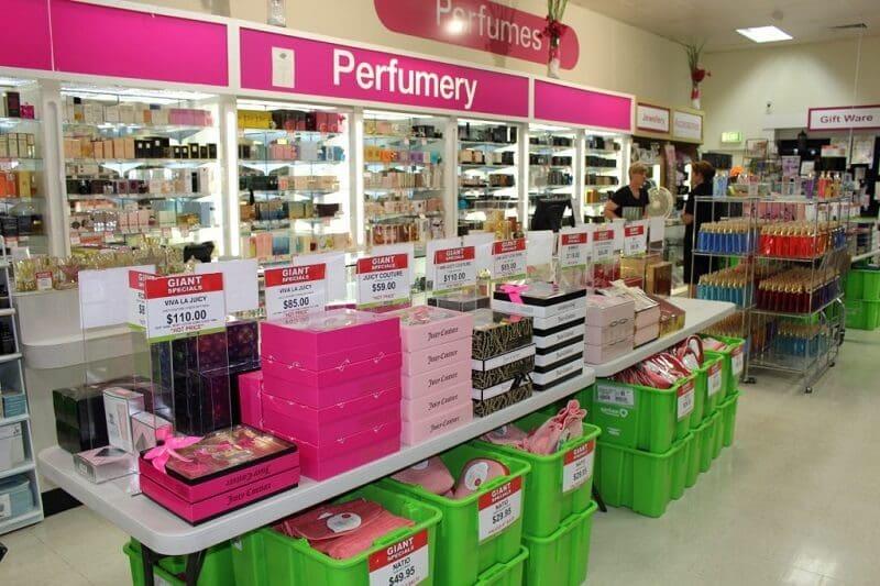 Departamento de perfumes em farmácia