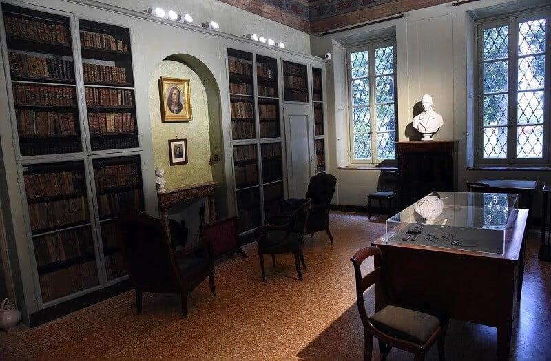 Interior do Museu Alessando Manzoni
