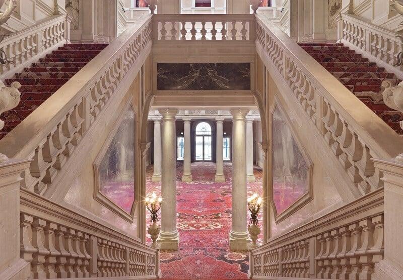 Interior do Palazzo Grassi em Veneza