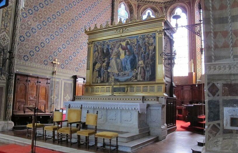 Altar da Igreja Santa Maria dei Servi em Siena