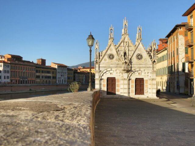 Rio Arno em Pisa