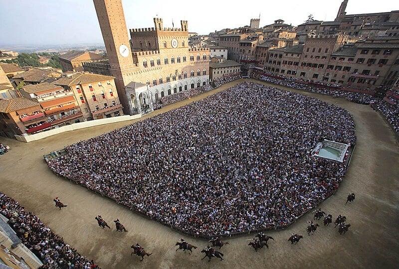 Palio di Siena na Piazza del Campo