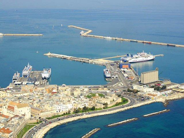 Como ir de Salerno para outras cidades italianas de ferry